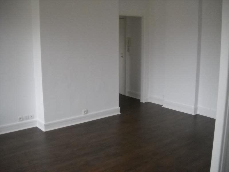 Rental apartment Paris 15ème 1804€ CC - Picture 6