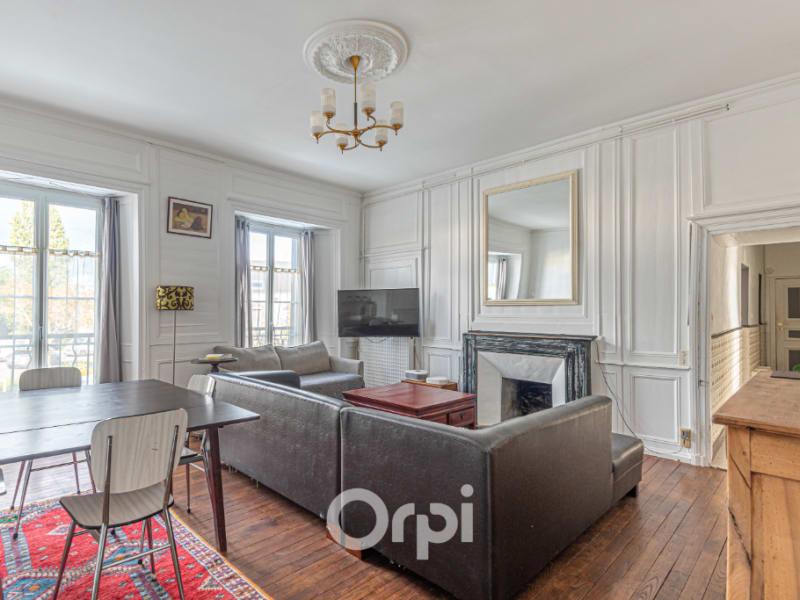 Sale apartment Auray 270384€ - Picture 2
