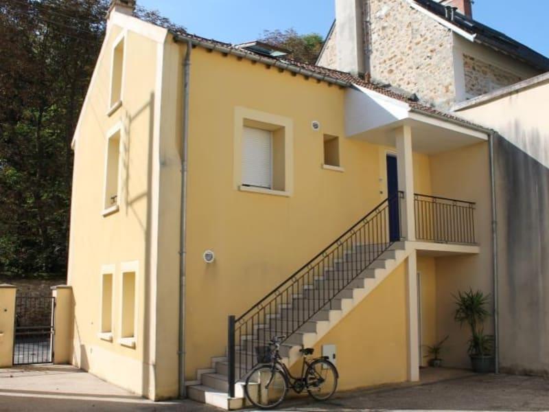 Rental apartment Verrieres le buisson 805€ CC - Picture 2