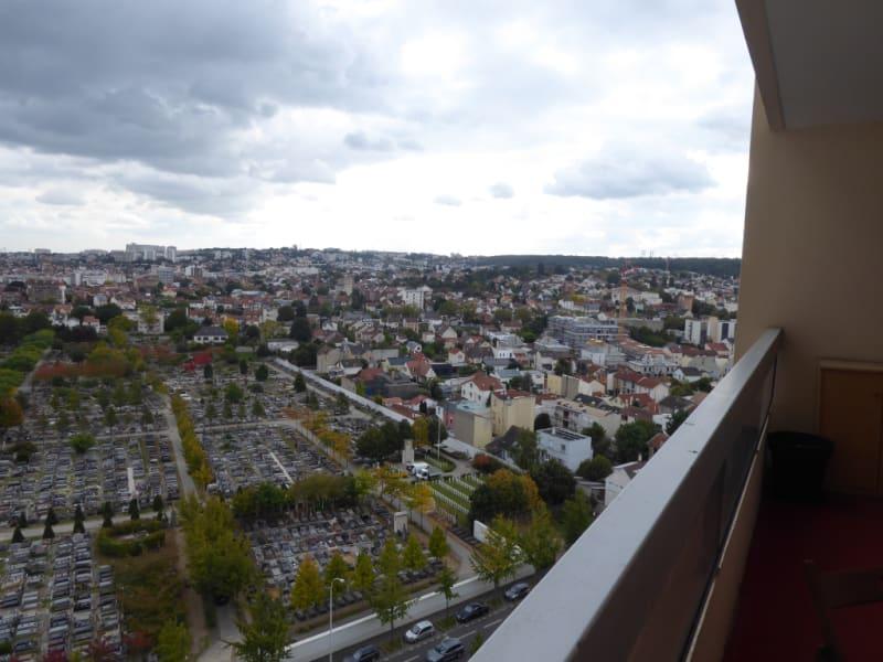 Rental apartment Issy les moulineaux 920€ CC - Picture 1