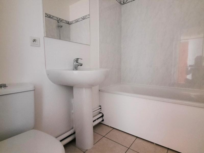 Locação apartamento Chanteloup les vignes 800,95€ CC - Fotografia 7