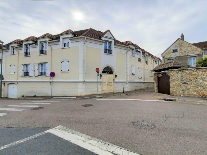 Locação apartamento Chanteloup les vignes 800,95€ CC - Fotografia 8