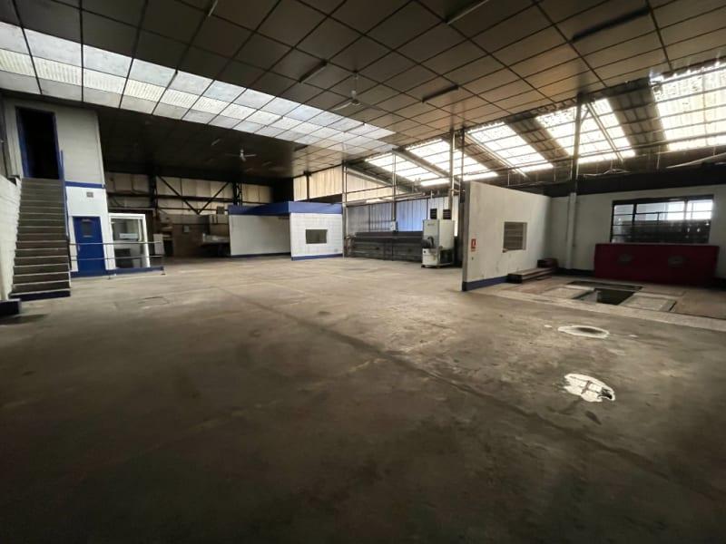 Sale empty room/storage Vivier au court 270800€ - Picture 1