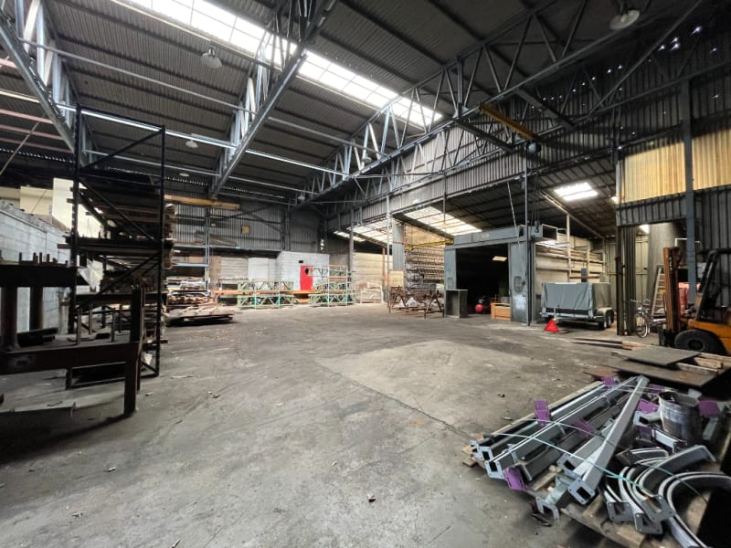 Sale empty room/storage Vivier au court 270800€ - Picture 2