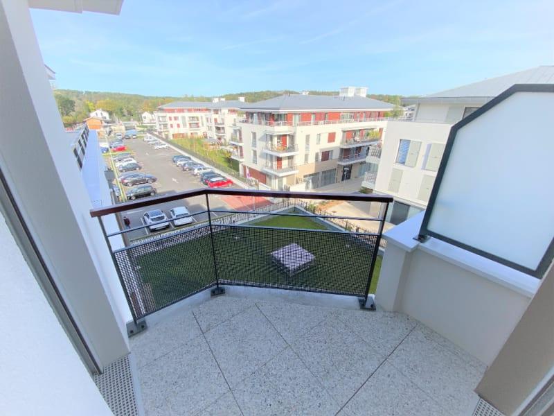 Rental apartment L isle adam 895€ CC - Picture 6