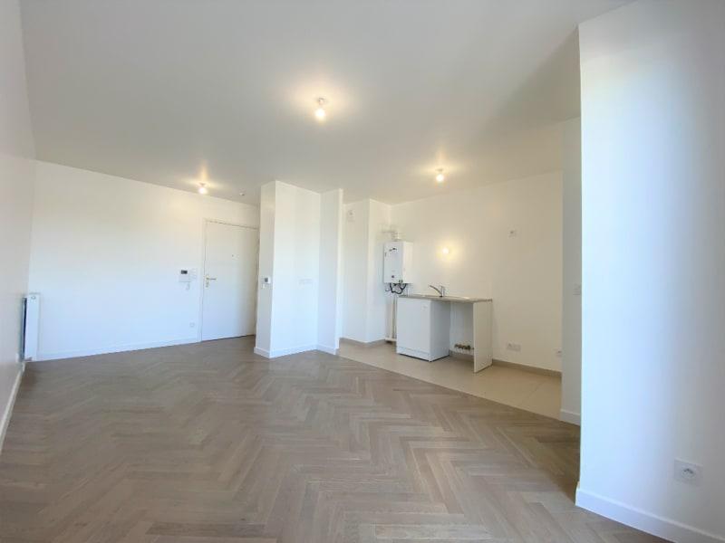 Rental apartment L isle adam 895€ CC - Picture 10