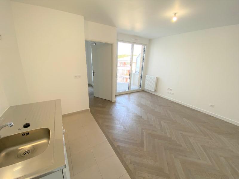 Rental apartment L isle adam 895€ CC - Picture 11