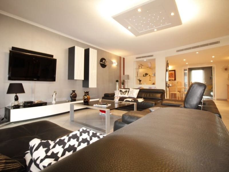 Venta  apartamento Frejus 699000€ - Fotografía 1