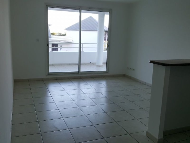 Location appartement Ste clotilde 580€ CC - Photo 3