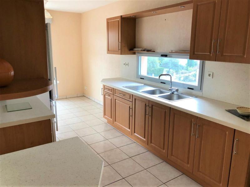 Location appartement Belleville en beaujolais 975€ CC - Photo 1