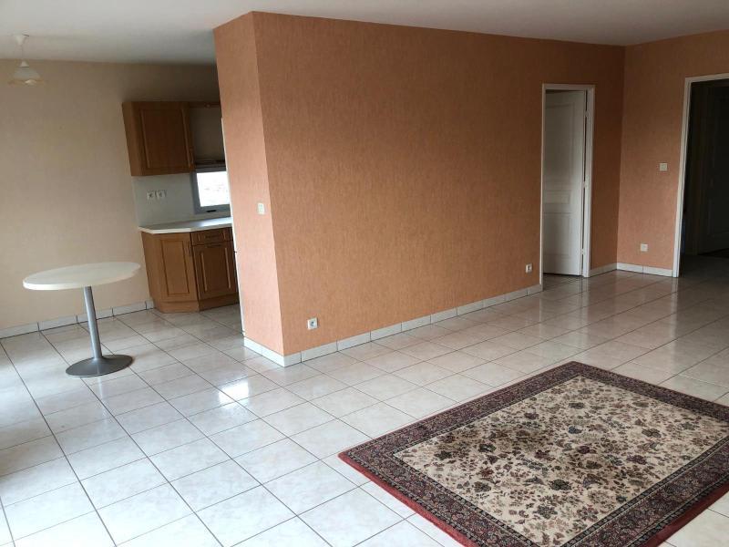 Location appartement Belleville en beaujolais 975€ CC - Photo 4