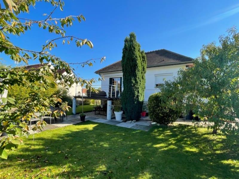 Sale house / villa Orry la ville 435000€ - Picture 1