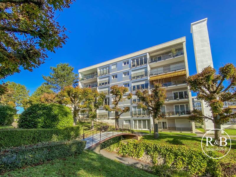 Sale apartment Plaisir 280000€ - Picture 1
