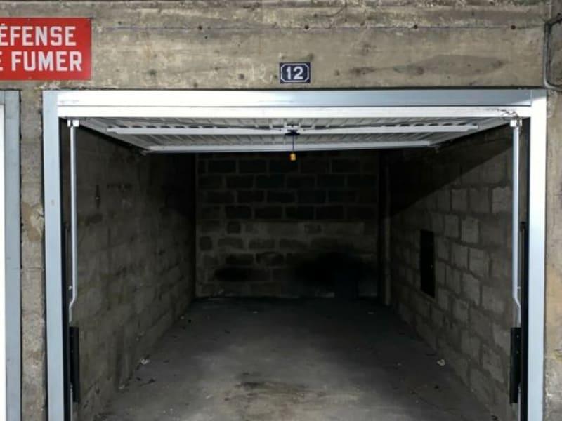 Rental parking spaces Courbevoie 128€ CC - Picture 3