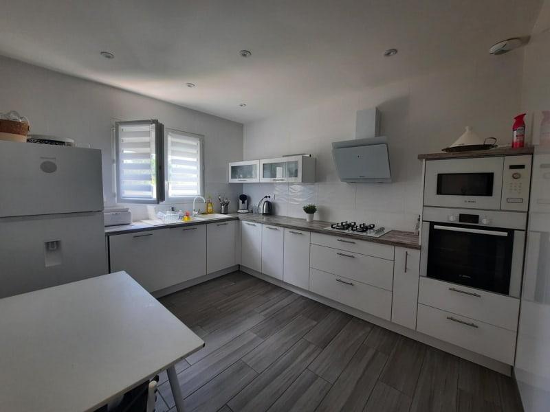 Vente maison / villa Chavanoz 349900€ - Photo 2