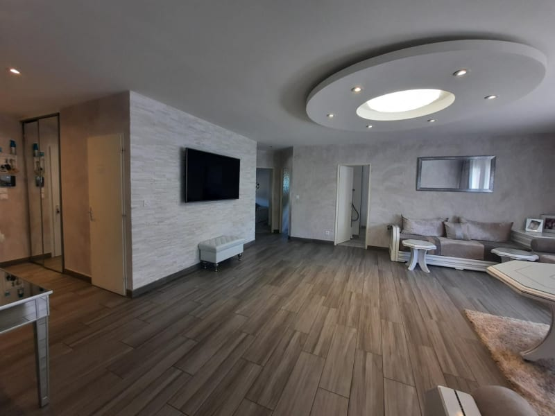 Vente maison / villa Chavanoz 349900€ - Photo 4