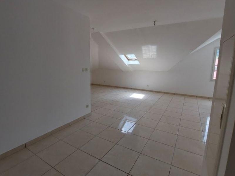 Location appartement L etang sale les hauts 594€ CC - Photo 3