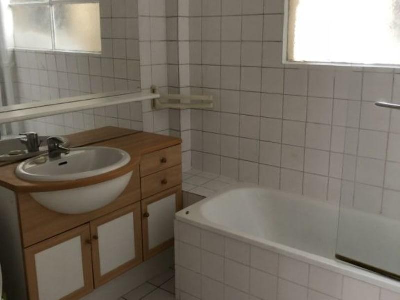 Location appartement Paris 17ème 1250€ CC - Photo 7