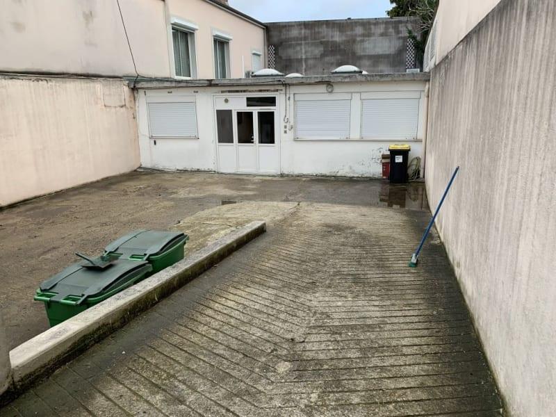 Rental empty room/storage Les pavillons sous bois 1100€ HC - Picture 1