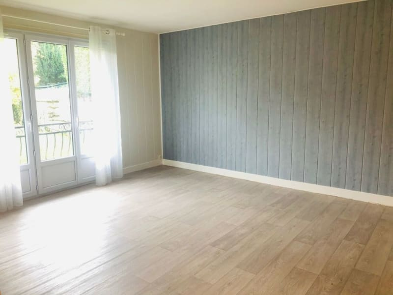 Sale apartment Droue-sur-drouette 120000€ - Picture 2