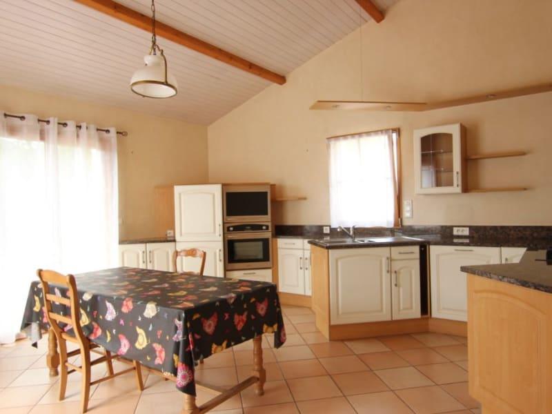 Location maison / villa Bouguenais 985€ CC - Photo 4