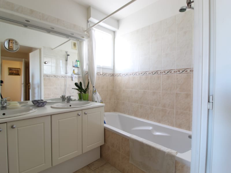 Vendita appartamento Hyeres 449300€ - Fotografia 11