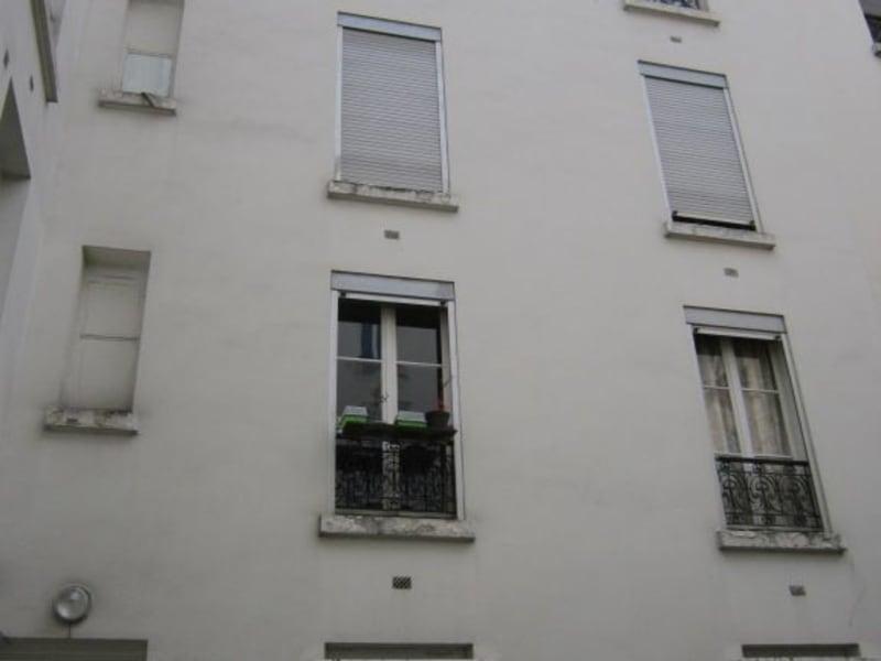 Sale apartment Paris 10ème 416000€ - Picture 2