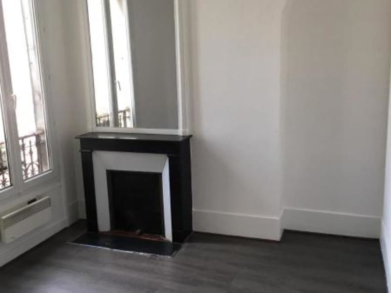 Location appartement Levallois perret 1445€ CC - Photo 2