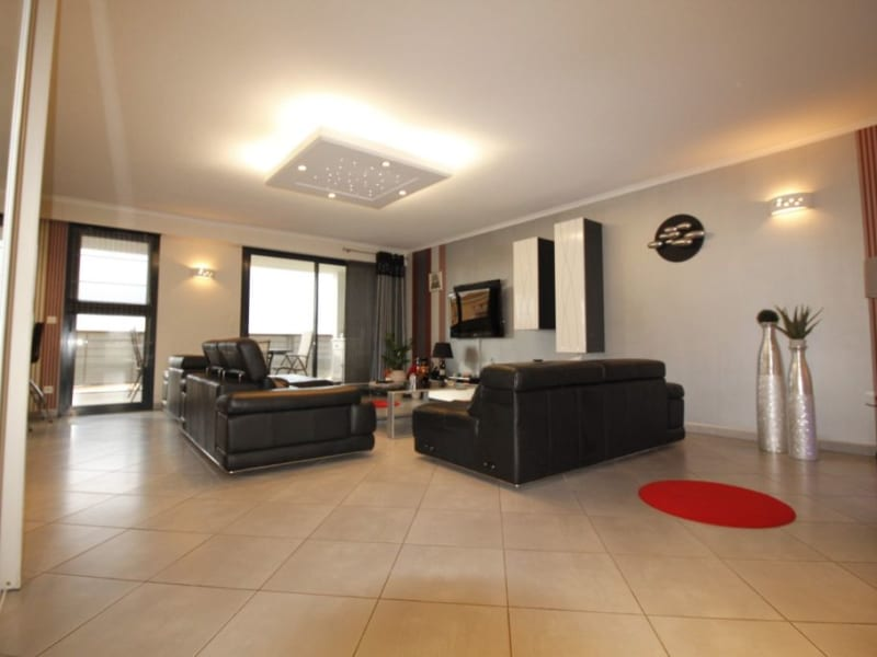 Sale apartment Frejus 699000€ - Picture 2