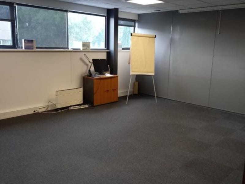 Location bureau Pessac 825€ HC - Photo 2