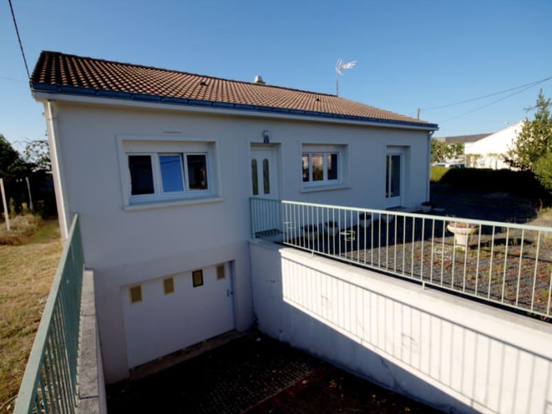 Maison plain pied  Fontenay Le Comte 5 pièce(s) 86 m2