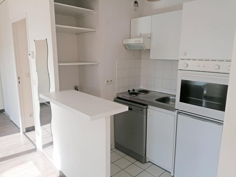 Rental apartment Rouen 595€ CC - Picture 3