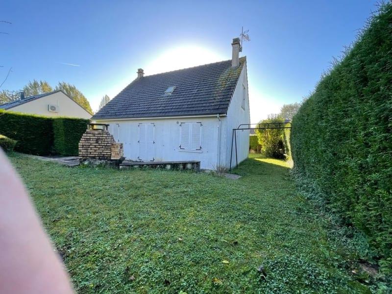 Sale house / villa Neuilly en thelle 288750€ - Picture 2