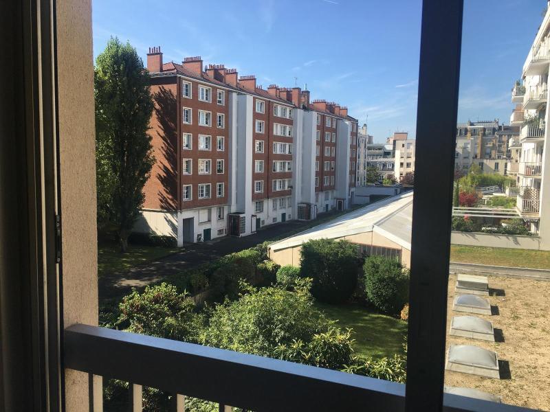 Location appartement Boulogne billancourt 891€ CC - Photo 2