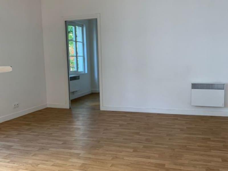 Rental apartment Paris 14ème 1196,87€ CC - Picture 2