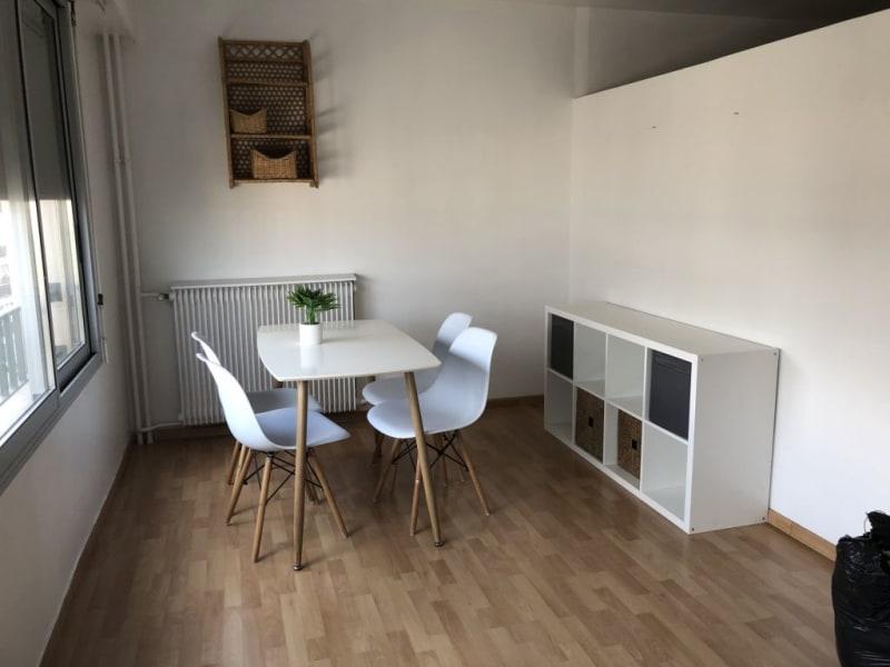 Rental apartment Paris 17ème 1300€ CC - Picture 3