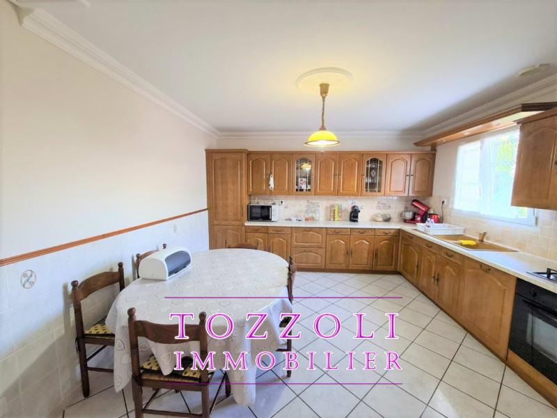 Vente maison / villa L isle d abeau 399000€ - Photo 4