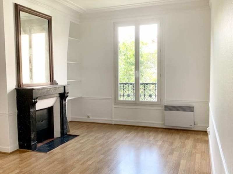 Rue du Faubourg St Martin - 3 pièces 47m²