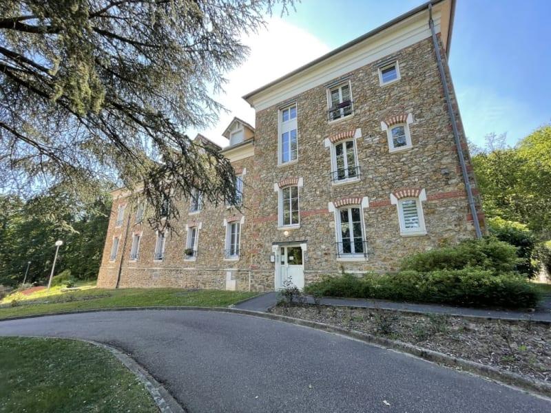 Sale apartment Forges les bains 109000€ - Picture 2