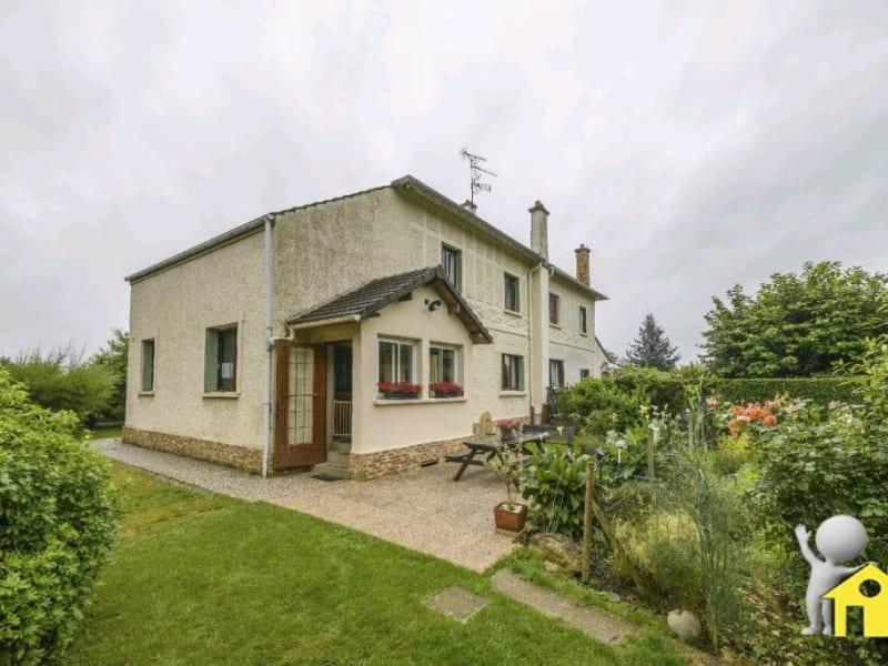 Sale house / villa Mesnil en thelle 346500€ - Picture 1
