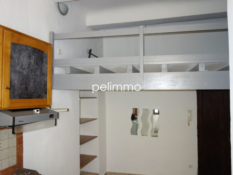 Rental apartment Pelissanne 370€ CC - Picture 3