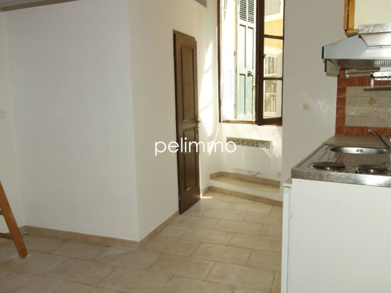 Rental apartment Pelissanne 370€ CC - Picture 6