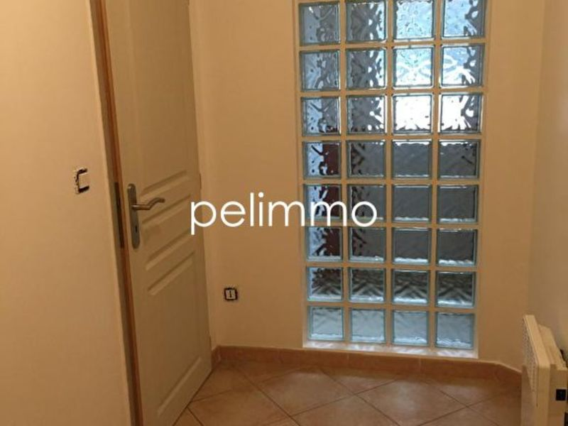 Rental apartment Pelissanne 450€ CC - Picture 3