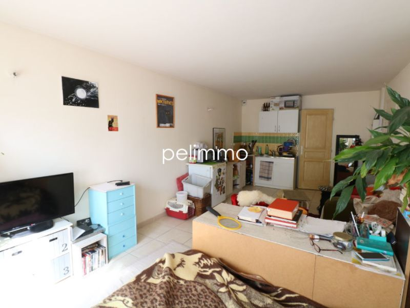 Rental apartment Salon de provence 470€ CC - Picture 4