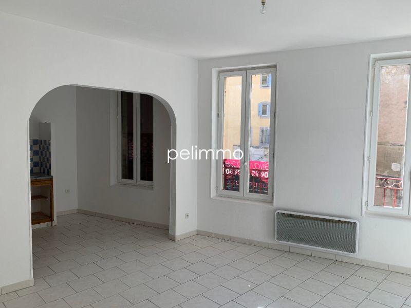 Rental apartment Eyguieres 515€ CC - Picture 3