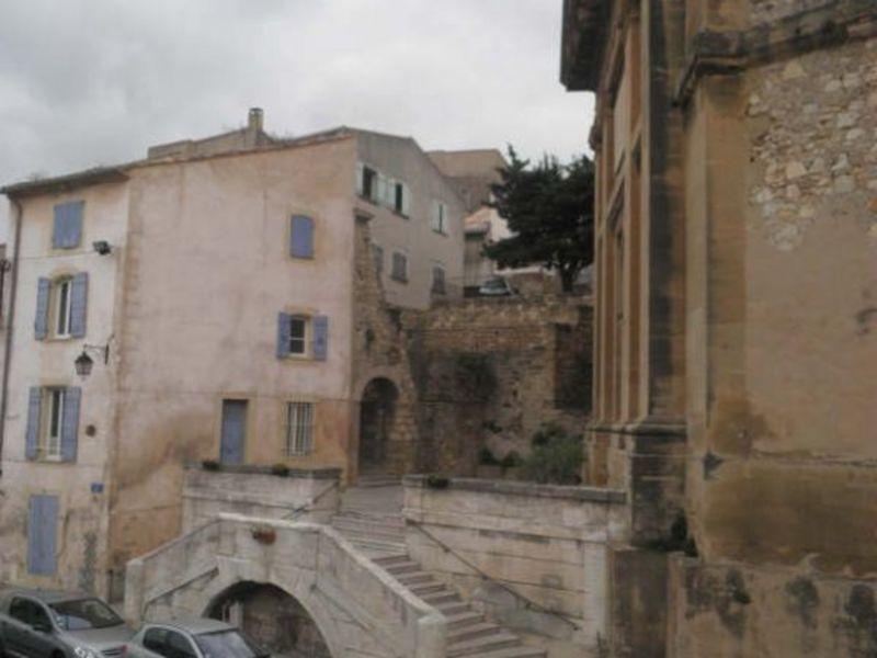 Rental apartment Eyguieres 515€ CC - Picture 8