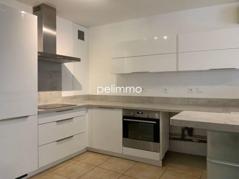 Rental apartment Salon de provence 950€ CC - Picture 5