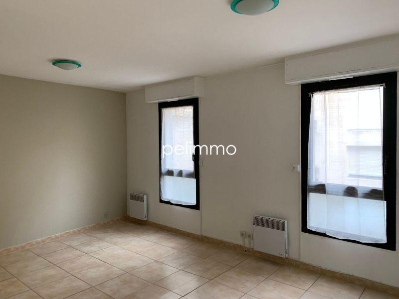 Rental apartment Salon de provence 950€ CC - Picture 7