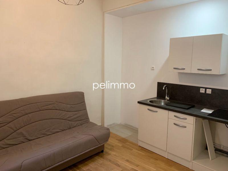 Rental apartment Salon de provence 430€ CC - Picture 4