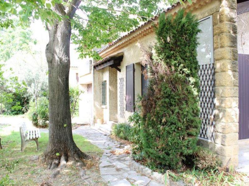 Sale house / villa Villeneuve les avignon 340000€ - Picture 2